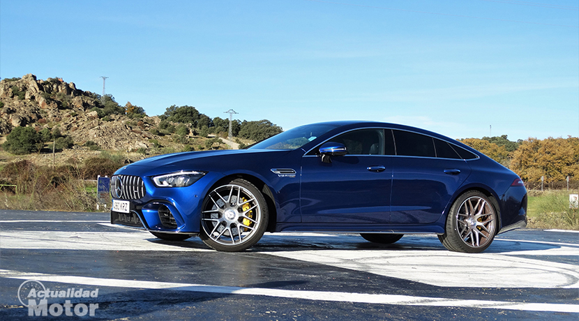 Test Mercedes- AMG GT 63 S 4 Doors Front side Coupe