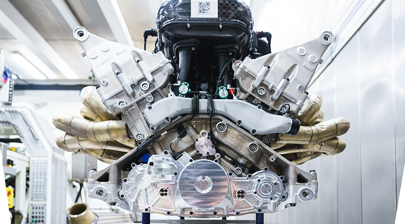 6.5 liter V12 engine with 1,000 hp from the Aston Martin Valkyrie